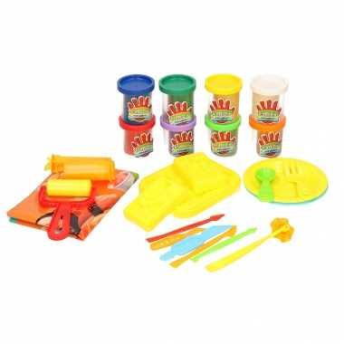Klei speelset sushi maken met 8 kleuren klei en accessoires speelgoed
